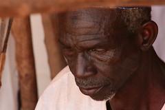 Tisserand (Pi-F) Tags: homme ancien afrique niger artisanat tisserand voyage population métier visage noir personnes portrait person people