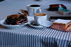 Breakfast in Vallombrosa (aligranu) Tags: life stilllife coffee breakfast still break hotchocolate tuscany toscana focaccia uva caffè cioccolato colazione arezzo pausa vallombrosa cioccolatacalda tuscanyfood focacciaalluva