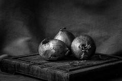 Onions on a board BW (montrealmaggie) Tags: blackandwhite board onions stillife