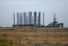saipem off shore rig (1) (Parto Domani) Tags: platform baku azerbaijan off shore rig caucas saipem piattaforma caucaso azero caucasic azeirbajan