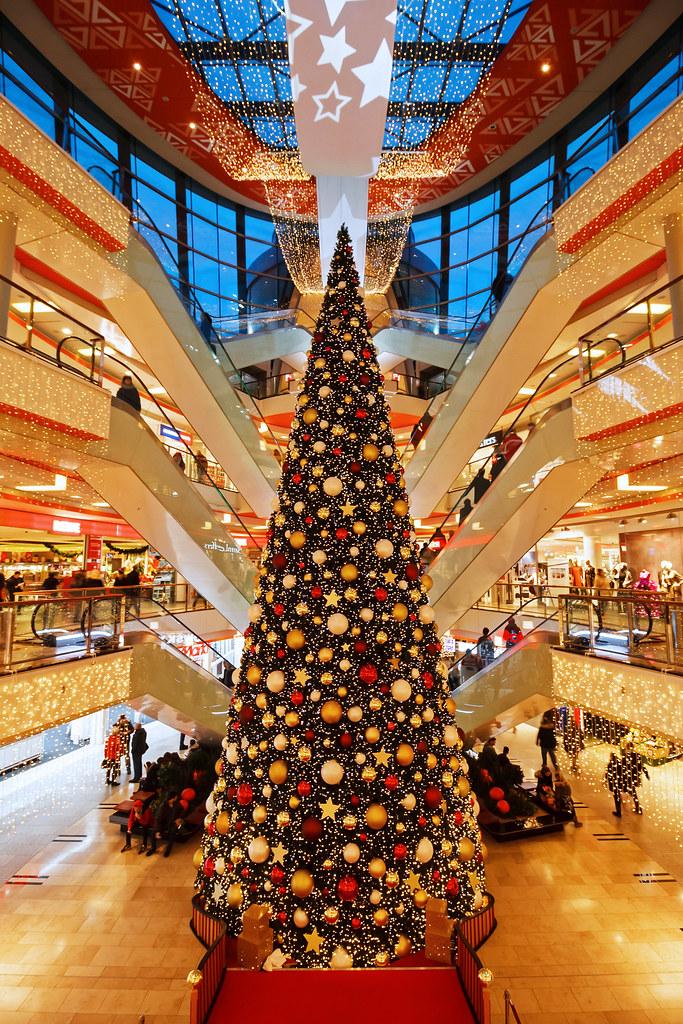 Blaue Weihnachtsbeleuchtung.The World S Best Photos Of Abend And Weihnachtsbeleuchtung Flickr
