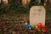 Eric the Punk's grave | Abney Park Cemetery | Stoke Newington-48 (Paul Dykes) Tags: stokenewington london england uk northlondon cemetery graveyard magnificentsevencemeteries gardencemetery naturereserve ladymaryabney drisaacwatts nineteenthcentury 19thcentury benignneglect sirthomasabney ericthepunk dogwalker flowers