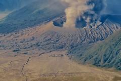 IMG_4038 (JoStof) Tags: indonesia java bromo volcano eruption ash smoke seaofsand crater tengger caldera jawatimur indonesië idn