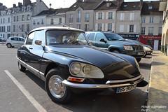 Citroën DS (Monde-Auto Passion Photos) Tags: auto automobile voiture vehicule citroën ds berline noir ancienne collection france fontainebleau