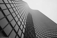 Lookin' Up (Jim Frazier) Tags: q3 2016 20161015openhousechicago architectural architecture art autumn buildings chicago city cook cookcounty downtown fall il illinois jimfraziercom lakepointtower loop october structures urban lookingup frombelow f10