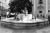 Film: Fountain (rafa.esteve) Tags: film 400tmx kodak tmax blackandwhite kodaktmax400