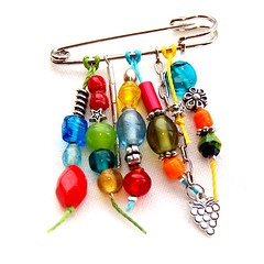AL00155 (Bead by Bead Design) Tags: fashion beads pin handmade jewelry bijoux bijuteria bijou gift bead accessories jewelery missangas biju glassbeads acessrios alfinetes