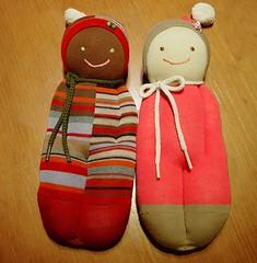 eski çoraptan oyuncak bebek