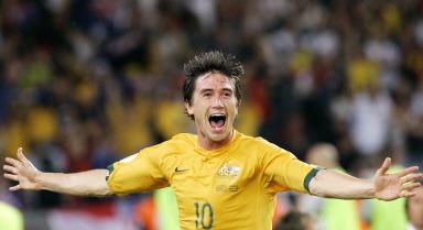 Olha o Harry Kewell. E olha o uniforme de futebol da Austrália - tem as cores do Brasil.