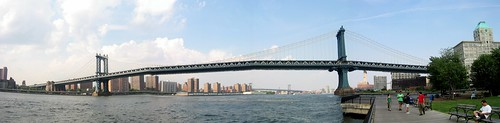 Brooklyn - Fulton Ferry: Empire-Fulton Ferry State Park - Manhattan Bridge (panoramic)