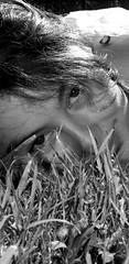 Found In The Ground (Sylvain Sylvain) Tags: portrait bw white black blanco branco canon 350d europa europe noir retrato negro preto nb weis bianco blanc ritratto nero schwarz портрет 肖像 صورة sylvainsylvain 画像 黑白色 肖像画 sylvainclep 초상화 백색 m3l0dym4k3r 黒い白 까만
