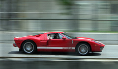 Ford GT pacecar in action (scienceduck) Tags: 15fav toronto motion blur ford public july 2006 pan pacecar panning tdot fordgt scienceduck torontograndprix torontoindy