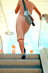 dress (primabeeld) Tags: dress summerdress vd movingstaircase roltrap jurkje zomerjurkje
