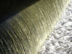 BF938 Hagley Spillway (listentoreason) Tags: geotagged scenic favorites score40