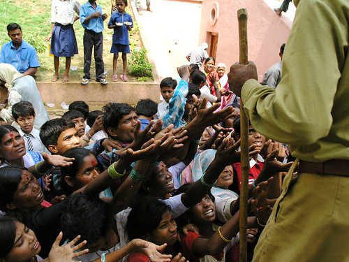 India, hunger, free food, malnutrition