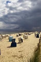 Here it comes... (PurpleGecko) Tags: ocean sea storm beach clouds strand germany sand meer wasser purple wolken sigma balticsea baltic gecko ostsee usedom foveon korb heringsdorf sd9 x3f sigmasd9 purplegecko sigma204028ex
