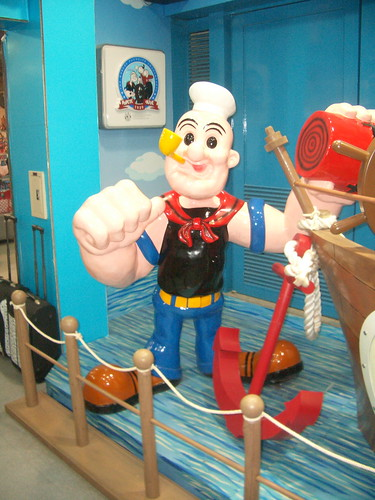 Popeye the crazy statue