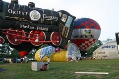 IMG_0240 (michael_brammen) Tags: hot air 2006 ballooning balloonfest ballonfahren joure friese michaelbrammen ballonfeesten