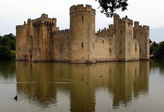 Bodiam Castle - England ({ Planet Adventure }) Tags: uk travel england favorite reflection castle 20d nature beautiful canon eos amazing cool holidays flickr canon20d great diversity ab adventure backpacking scenary winner stunning planet iwasthere tagging canoneos allrightsreserved havingfun bodiamcastle aroundtheworld onflickr copyright visittheworld travelphotos 200mostinteresting facinating traveltheworld travelphotographs canonphotography alwaysbecapturing worldtraveller planetadventure lovephotography beautyissimple theworlthroughmyeyes 20060722 challengeyouwinner selectedasfave peopleseemtolike supperb flickriscool loveyourphotos theworldthroughmylenses greatcaptures shotingtheworld by{planetadventure} byalessandrobehling icanon icancanon canonrocks selftaughtphotographer phographyisart travellingisfun alluk allinteresting allengland justengland greatengland visitengland justuk greatuk visituk copyright20002008alessandroabehling