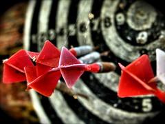 Darts and cobwebs - by wili_hybrid