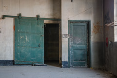 Great Escape (Pas (sQualie)) Tags: toronto ontario nikon doors ue urbex uer 2013 nikon1755mmf28 d7000