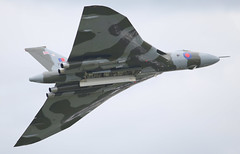 Vulcan XH558 (CanvasWings) Tags: uk history unitedkingdom aircraft jet aeroplane aircarft historical vulcan bomber coldwar xh558 historicalaircraft rhiannapatrick