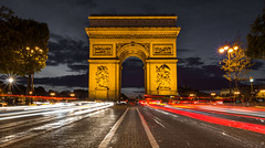 The suicidal Selfie-Spot (dlerps) Tags: street city urban cars monument champselysees lights twilight europe arch traffic dusk sony arc sigma symmetrical avenue arcdetriomphe lightbeams lightstreaks sonyalphadslr sigma1020mmf35exdchsm sonyalphaa77v