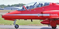 3588 R5 C5 XX242 (photozone72) Tags: canon aviation blues reds redarrows raf rafat groundshots circusatwork
