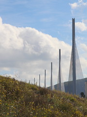 20140910 Aveyron Millau - Le viaduc-001 (anhndee) Tags: france frankreich millau viaduc aveyron midipyrnes viaducdemillau