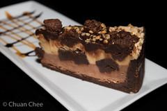 Cafe Amore 151206-4123a (Chuan Chee) Tags: food cake dessert restaurant chocolate fudge stcatharines peanutbutter
