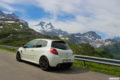 Uphill (Iceman_Mark) Tags: summer white 3 black alps cup sport four switzerland noir pass clio renault 200 cylinder pearl phase limited edition rs blanc uri naturally givre 2010 glarus nacr klausen 2litre schchental aspirated