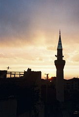 Street Minaret of Odunpazarı, Eskişehir (miskiamber) Tags: odunpazarı eskişehir friends trip vacation summer turkey türkiye canon canonae1 canontürkiye canonturkey canonphotography turkeycanon analog analogphotography