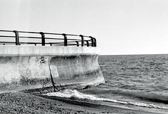 Eastern Edge of the Beach (Bill Smith1) Tags: ai50f2lens beaches2017 believeinfilm billsmithsphotography hc110b heyfsc ilfordhp5400 nikonfm toronto