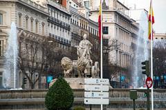 Fuente de Cibeles (Manrrull) Tags: madrid monumento escultura fuente cibeles
