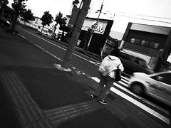 I'm now traveling. (-ICHIRO) Tags: street digital snap gr iv ricoh 21mm gw2