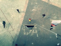 I can fly! (Billy W Martins ) Tags: street urban kids fly child sopaulo scene swing crianas streetchildren balano centro viadutodoch urbanscene icanfly meninosderua centrodesopaulo iphone6plus