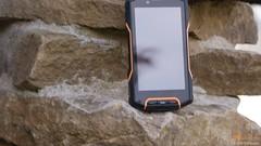 Waterproof Smartphones (Photo: rugged.waterproof.smartphone.tablet on Flickr)