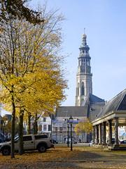 Fall in Middelburg (Wouter de Bruijn) Tags: autumn holland tree fall dutch leaves architecture dam churchtower fujifilm middelburg langejan xt1 fujinonxf35mmf14r