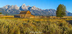 003_3019-2: Barn (Ping-An Bao) Tags: travel mountain landscape photography unitedstates moose wyoming grandteton moultonbarn canon6d