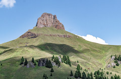 Ciampac (Massimo Saviotti) Tags: panorama mountain mountains montagne landscape landscapes flickr vista monte mons paesaggi montagna paesaggio cima sightseen massiccio