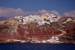 Santorini - vue de la caldera sur Oia 2 - Explore (luco*) Tags: explore santorini greece caldera santorin grèce oia cyclades kyklades hellada flickraward armenaki flickraward5