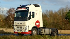 09-BDB-2 (panmanstan) Tags: truck wagon volvo motorway yorkshire transport lorry commercial newport vehicle fh freight m62 haulage hgv