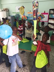 IMG-20161210-WA0086 (comcenter04) Tags: sabana grande batey verde operativo juguetes 2016