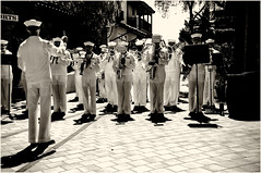 Military brass band, San Diego, California (-Visavis-) Tags: brassband militarybrassband sandiego california usa fujix100 finepixx100 monochrome sepia sunnyday southwest city urbanlife citylife contrejour summer people music livemusic 35mm