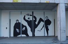 Divorna (Karin Johannisson) (rotabaga) Tags: sverige sweden göteborg gothenburg pentax k5 artmadethis graffiti streetart gatukonst mariapohl
