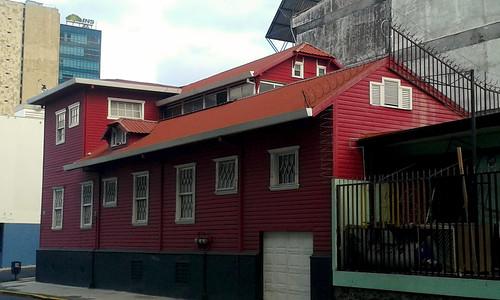 Barrio Amón: la casa Coto Cubero, edificio patrimonial av.9, c.5 / Barrio Amón: the Coto Cubero house, heritage-gazeted building 9th av., 5th st.
