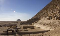 Bent Pyramid (solsetimo) Tags: pyramid red black bent sneferu snefru