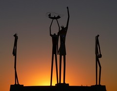 HONORABLE Gnarls S Dudeworthy III. & Friends (Steve Paxton WA) Tags: sunrise sillouette sculpture