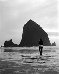 Cannon Beach, Oregon (Christopher M Ebarb) Tags: canonbeach oregon coast pacific pacificnorthwest bw blackandwhite pnw film 120 120film ilford ilfordfilm mediumformat mamoya rz67 mamiyarz67