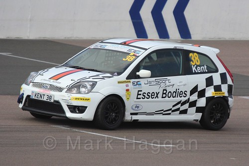 Lewis Kent in Race 1, Fiesta Junior Championship, Rockingham, Sept 2015